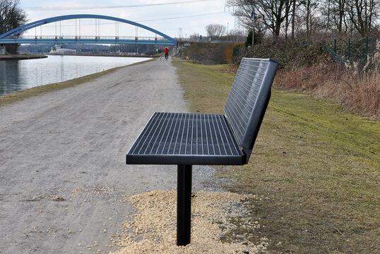 Sitzbank mit Stahlauflage Lübeck