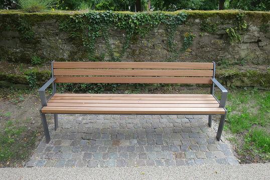 Sitzbank mit Holzauflage Legea