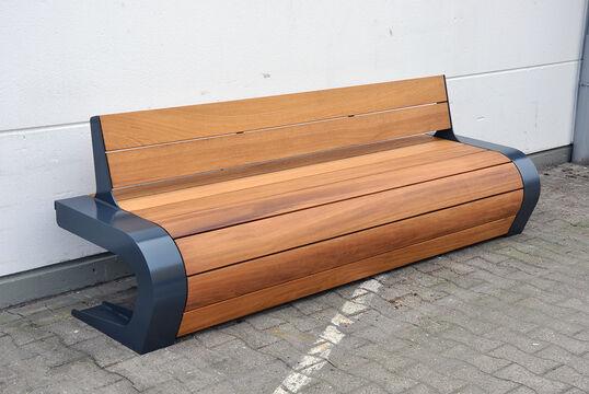 Sitzbank mit Holzauflage Beluga