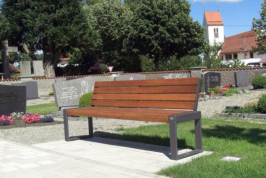 Friedhofsgelände, Molpertshaus