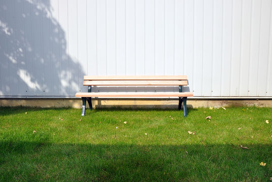 Sitzbank mit Holzauflage Leipzig