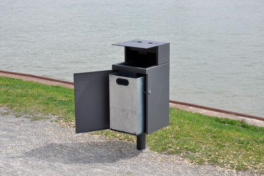 Abfallbehälter Serie 733