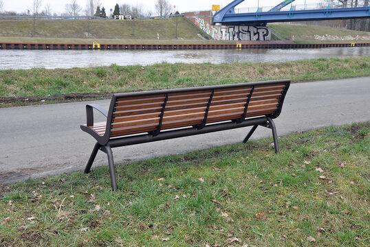Sitzbank mit Holzauflage Fanö PAG